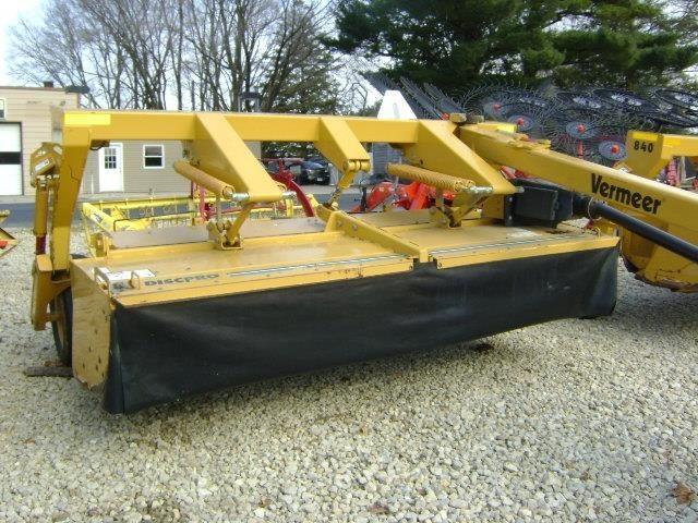 2010 Vermeer MC840 Mower Conditioner