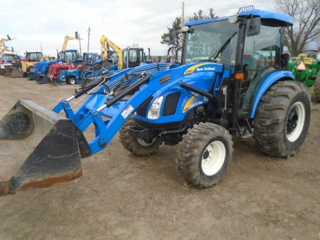2007 New Holland T2420 Tractor