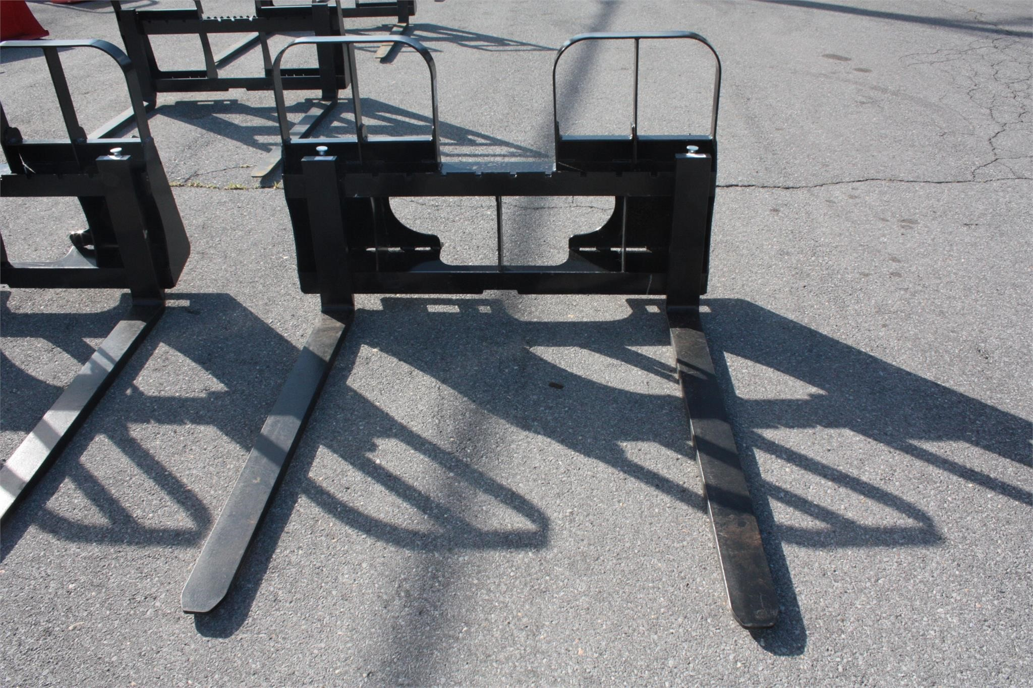 2020 HLA HD42BO500 Loader and Skid Steer Attachment