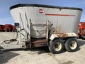 Kuhn Knight 5085 Grinders and Mixer