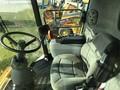 2005 New Holland CR940 Combine
