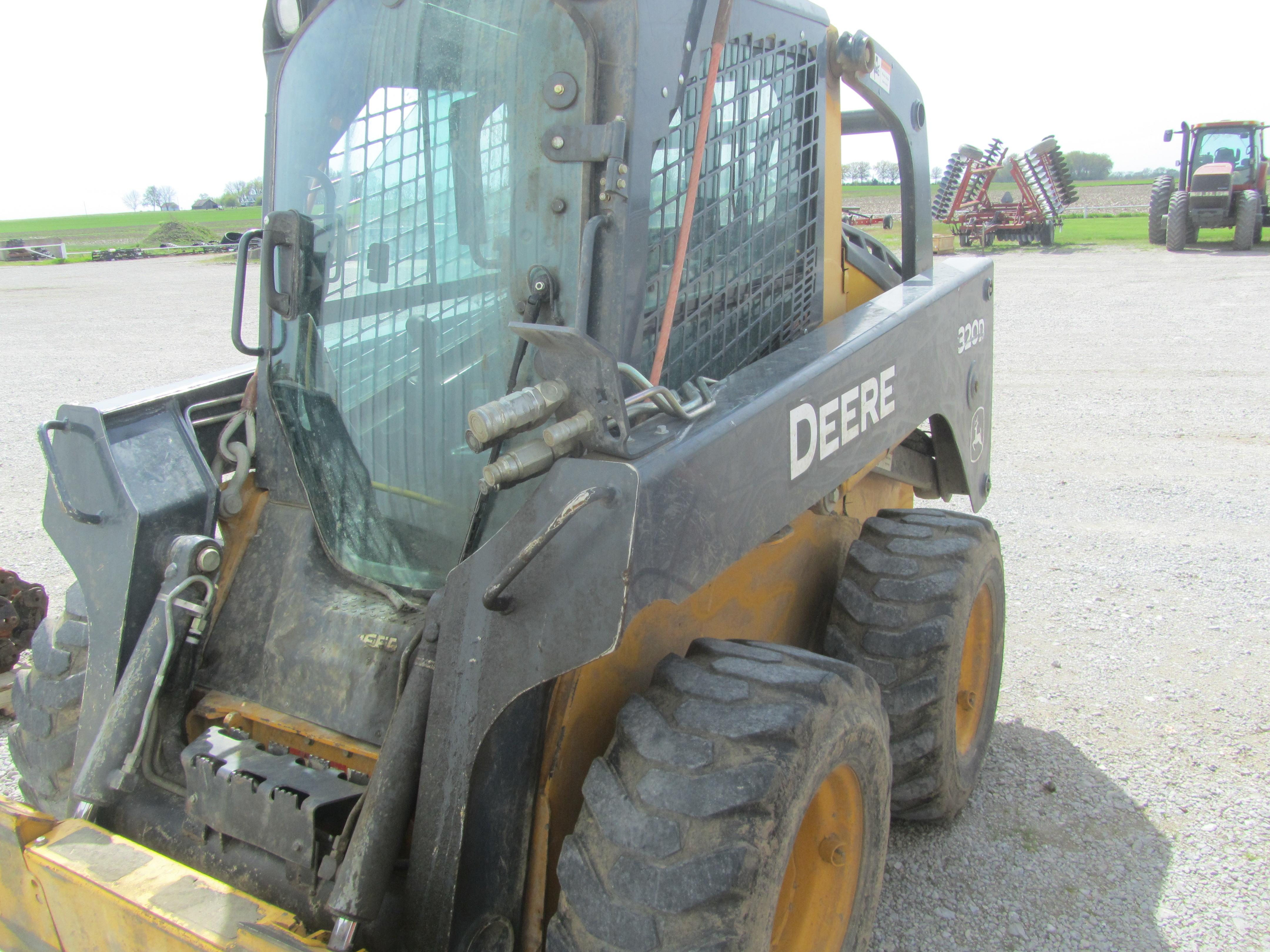 2012 Deere 320D Skid Steer