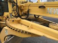 2004 New Holland RG170B Scraper
