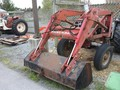 International Harvester 2250 Front End Loader