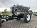 2015 New Leader L3220G4 Self-Propelled Fertilizer Spreader