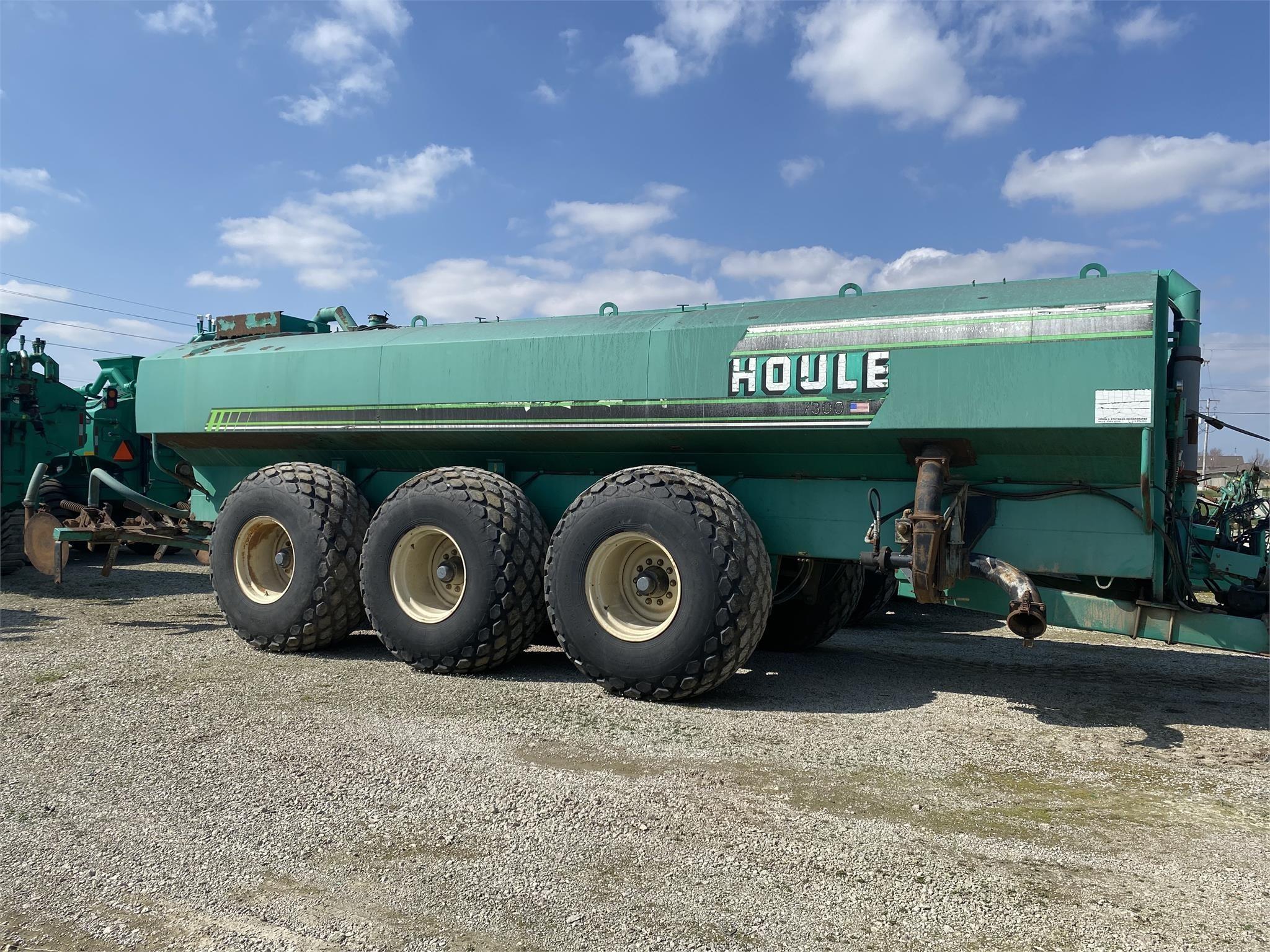 1999 Houle EL48-6D6100 Manure Spreader