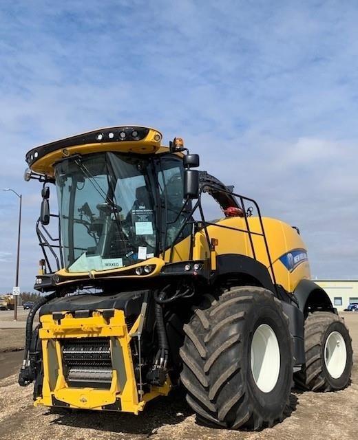 2020 New Holland FR780 Self-Propelled Forage Harvester