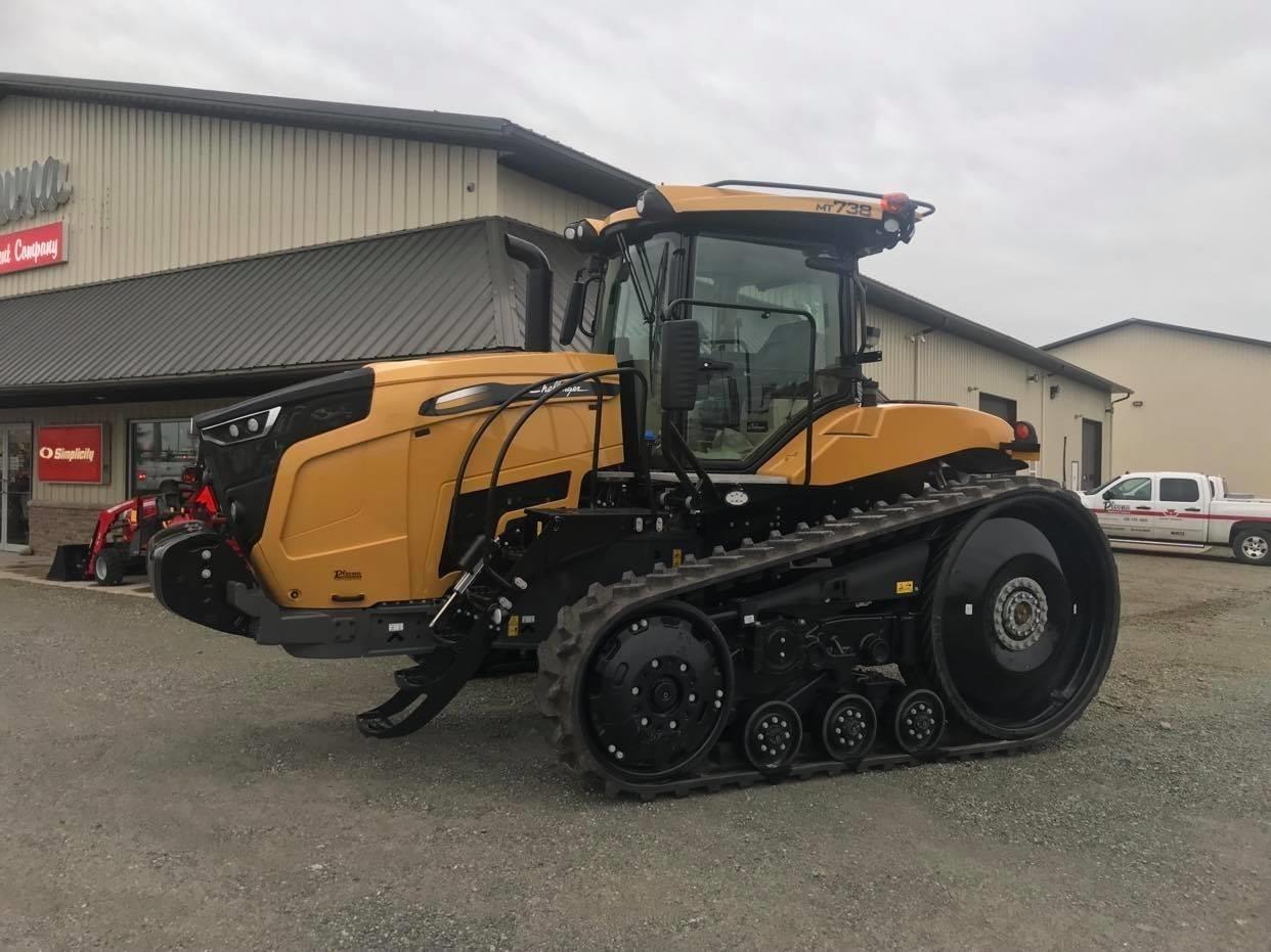 Challenger MT738 Tractor