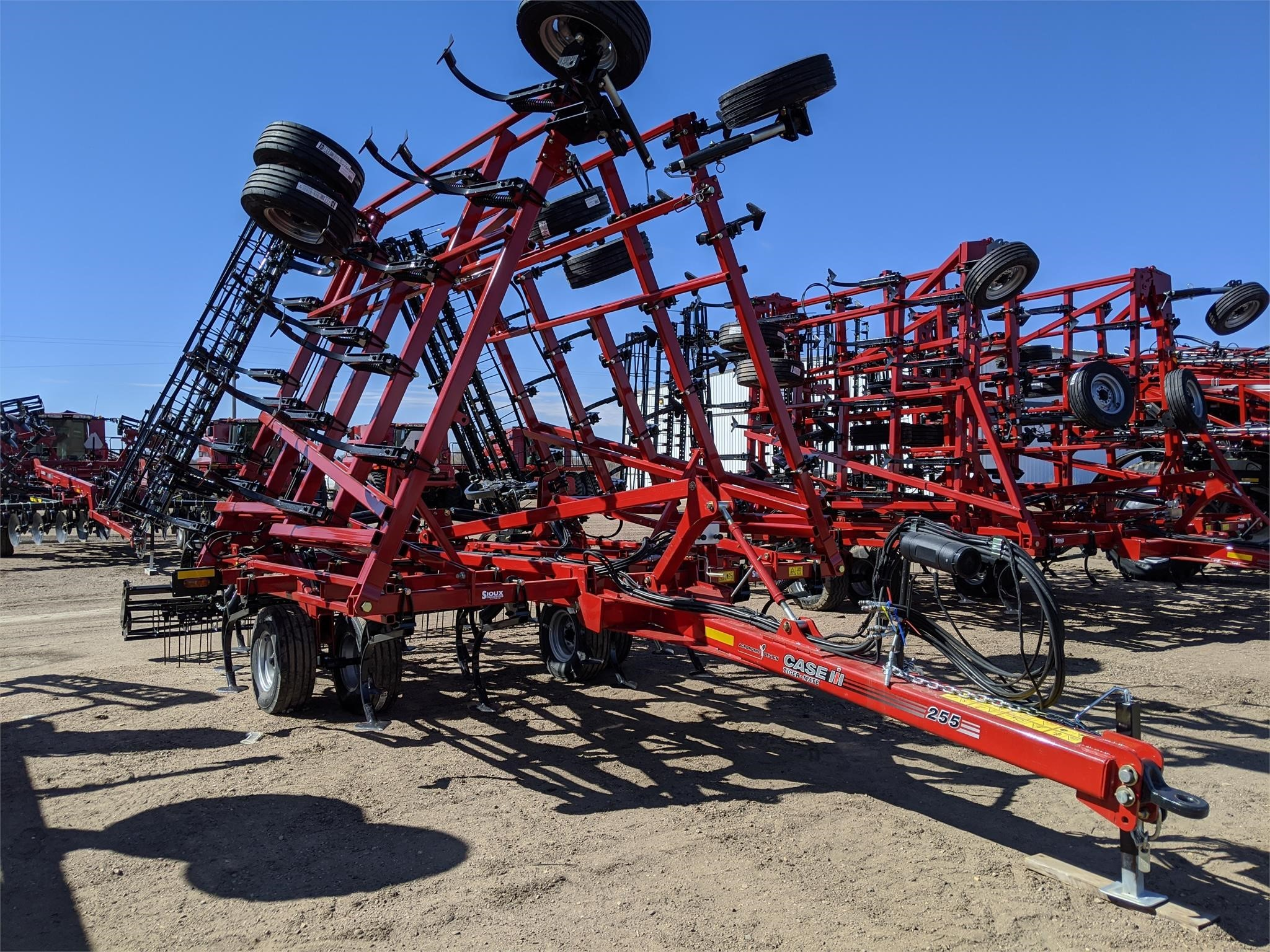 2020 Case IH Tiger-Mate 255 Field Cultivator