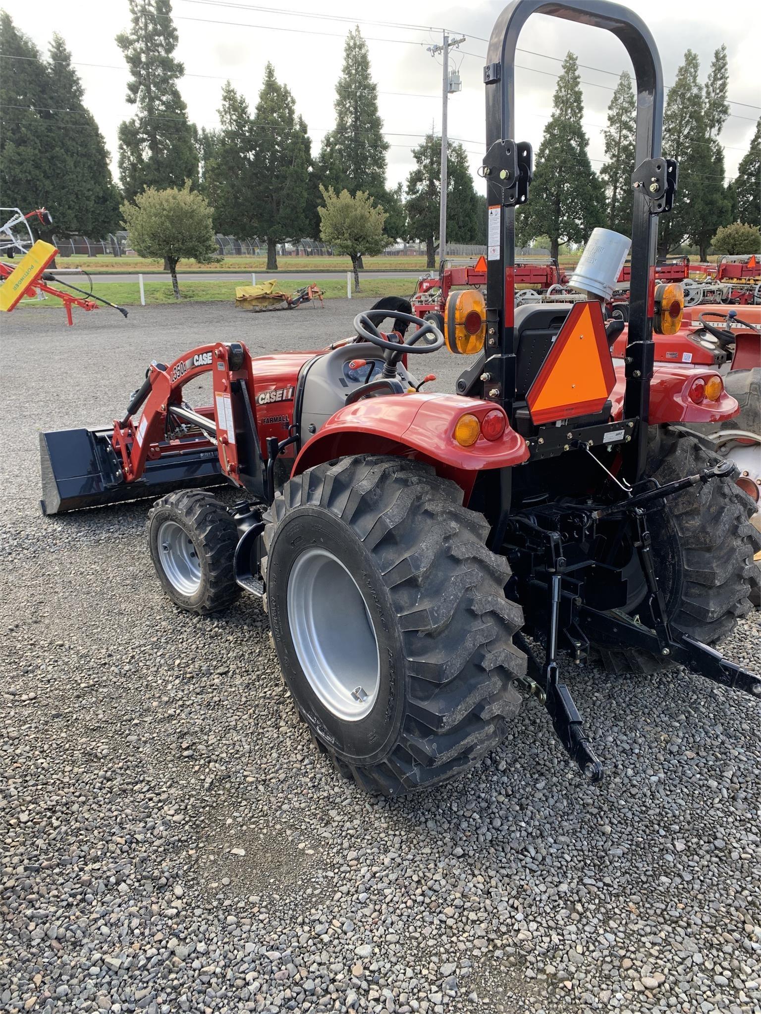 2016 Case IH Farmall 30C Tractor