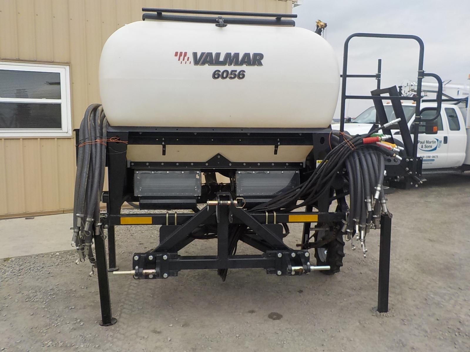 2017 Valmar 6056 Air Seeder
