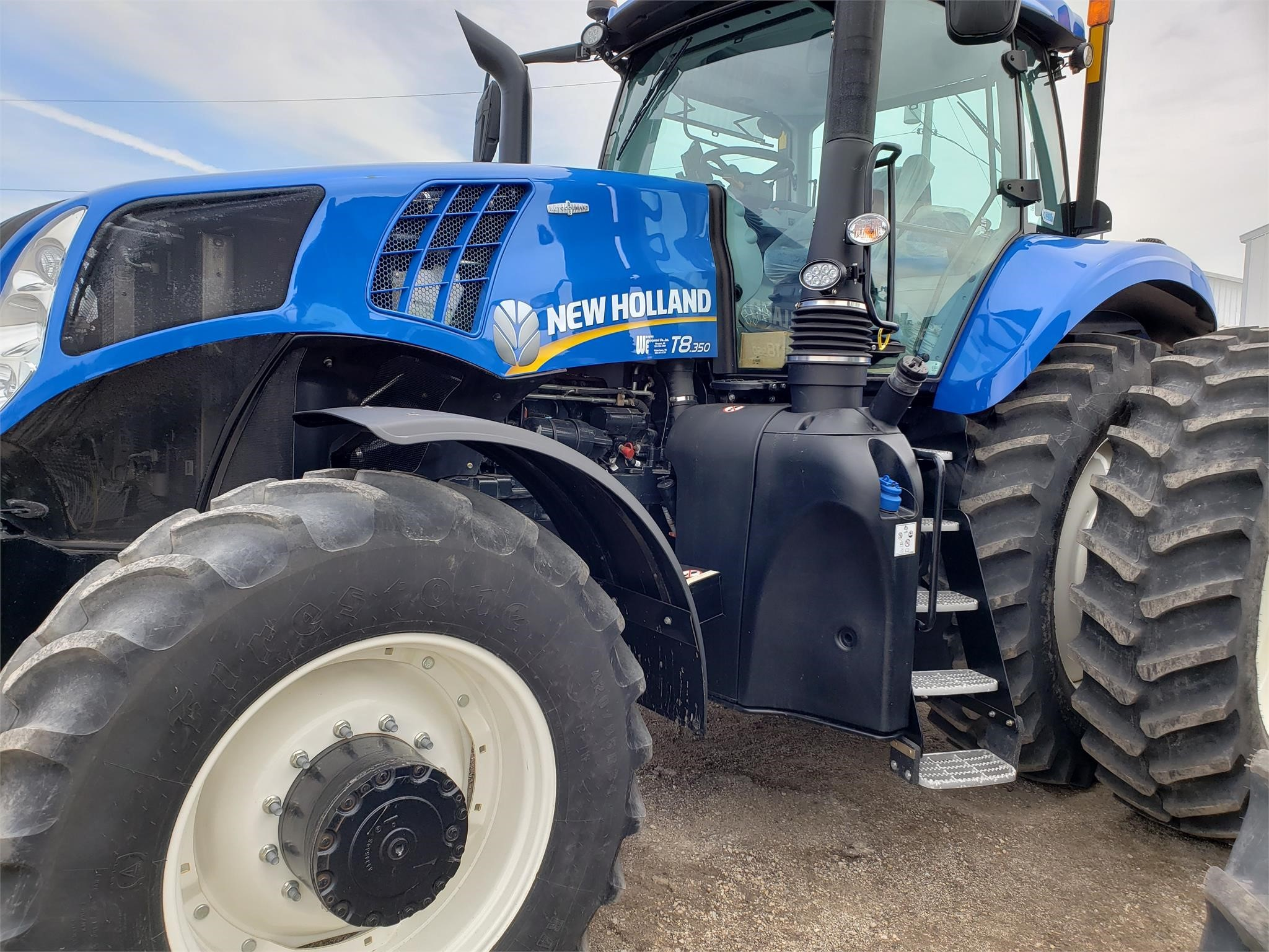 2017 New Holland T8.350 Tractor