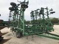 2001 John Deere 985 Field Cultivator