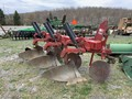 Case IH 450 Plow