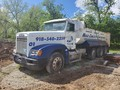 1999 Freightliner FLD112 Semi Truck