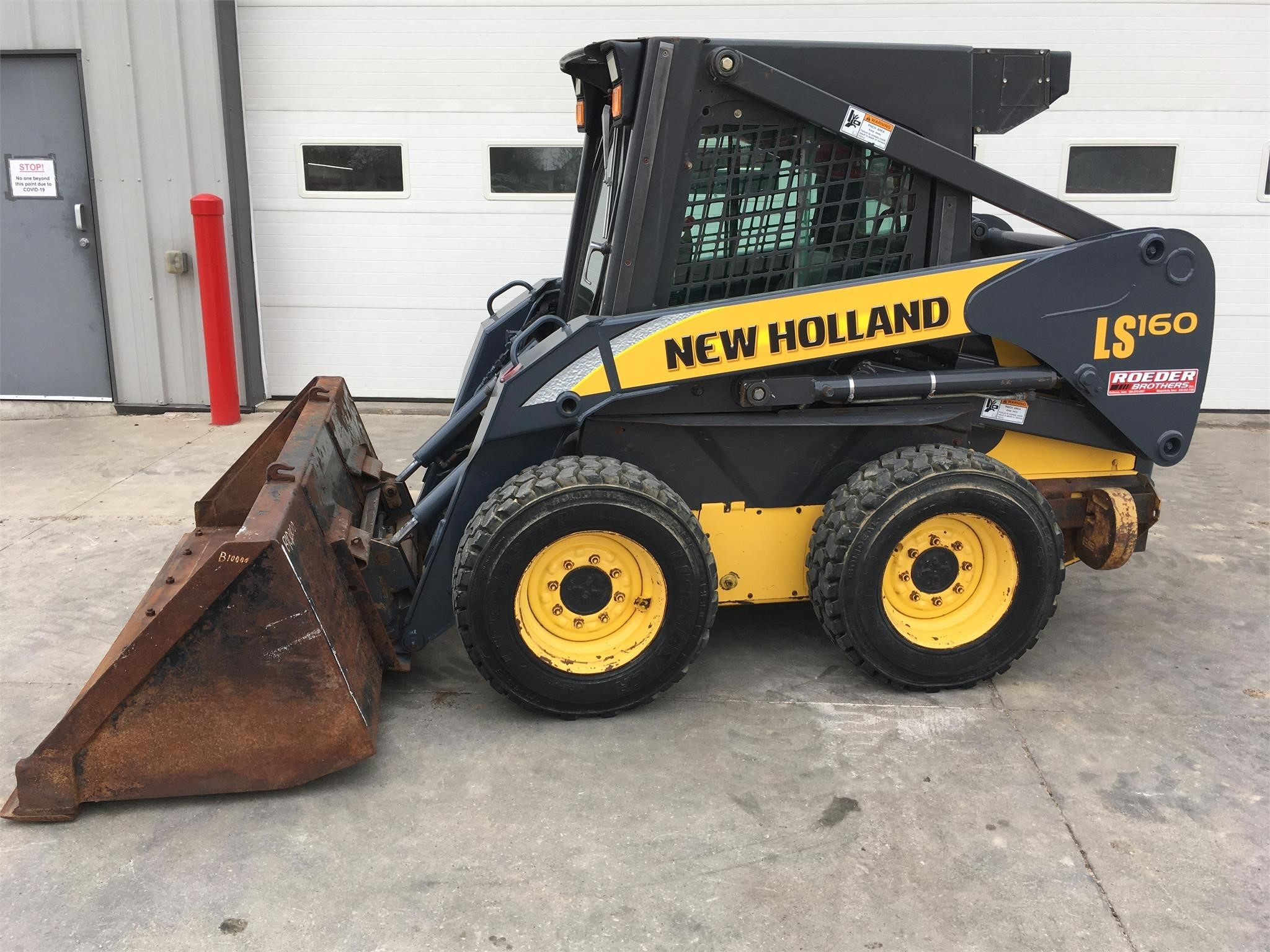 2004 New Holland LS160 Skid Steer