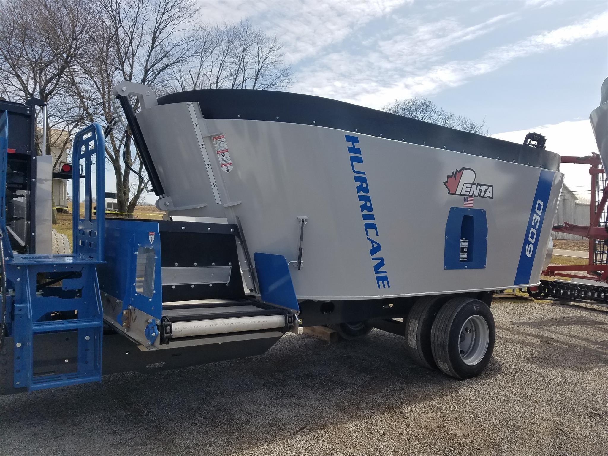 2020 Penta 6030 Feed Wagon