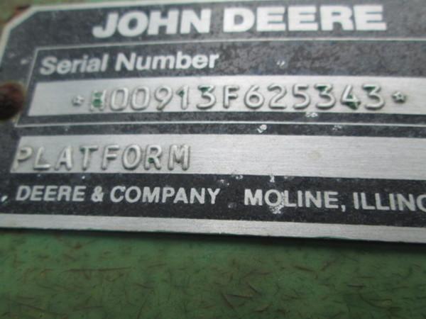 1988 John Deere 913 Platform