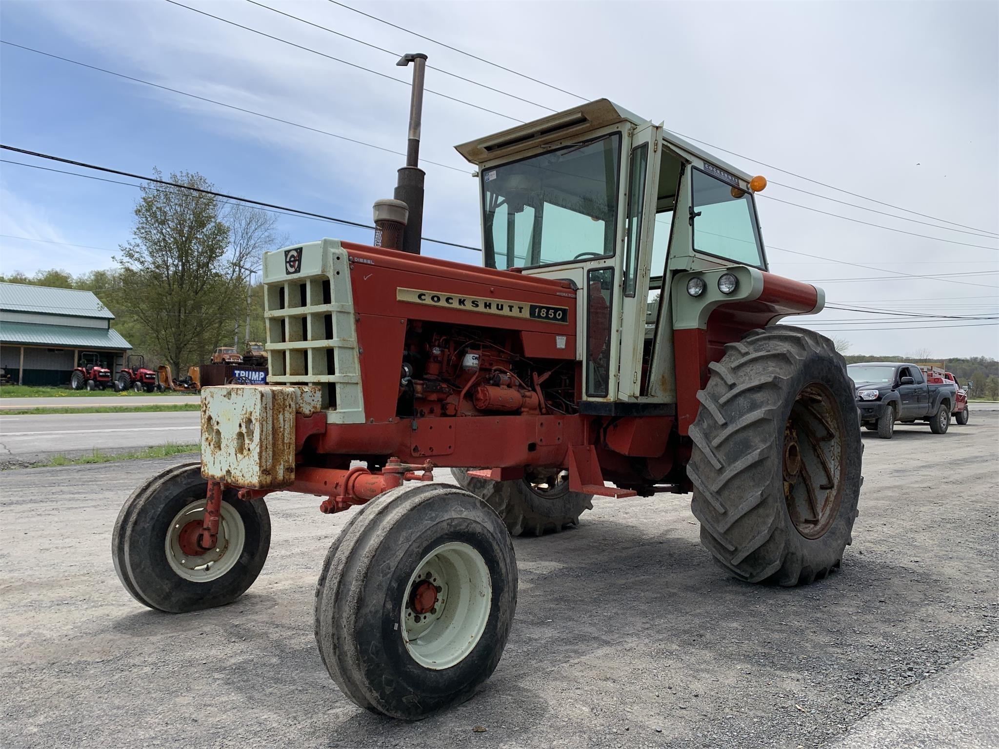 Cockshutt 1850 Tractor