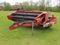 1995 Hesston 1120 Pull-Type Windrowers and Swather
