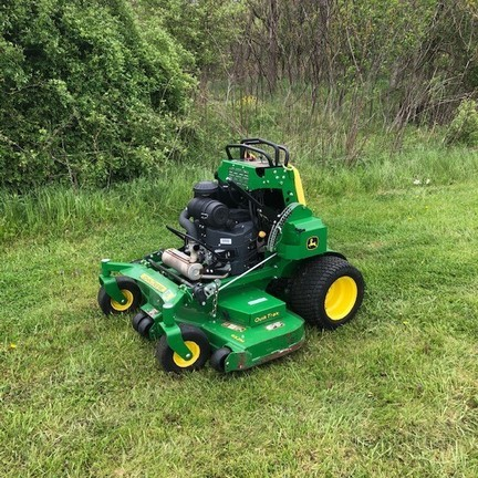 2018 John Deere 652M Lawn and Garden