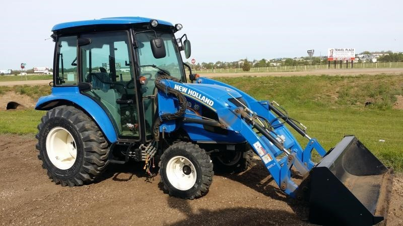 2020 New Holland Boomer 40 Tractor