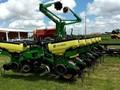 2014 John Deere 1765 Planter