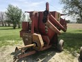 Farmhand 835 Grinders and Mixer