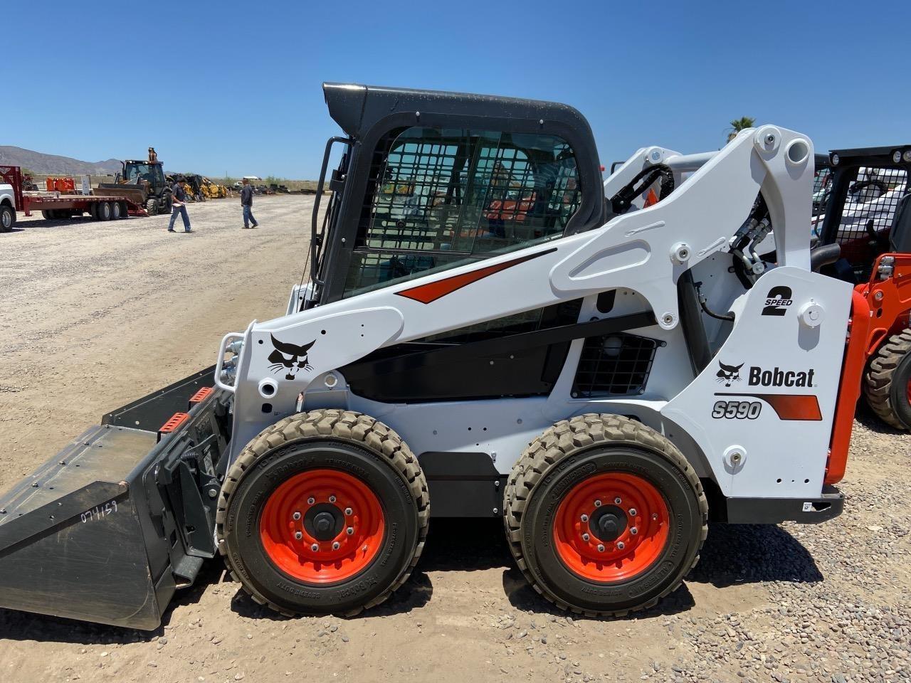 2020 Bobcat S590 Skid Steer