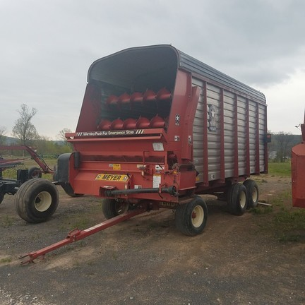 2006 Meyer 3516 Forage Wagon