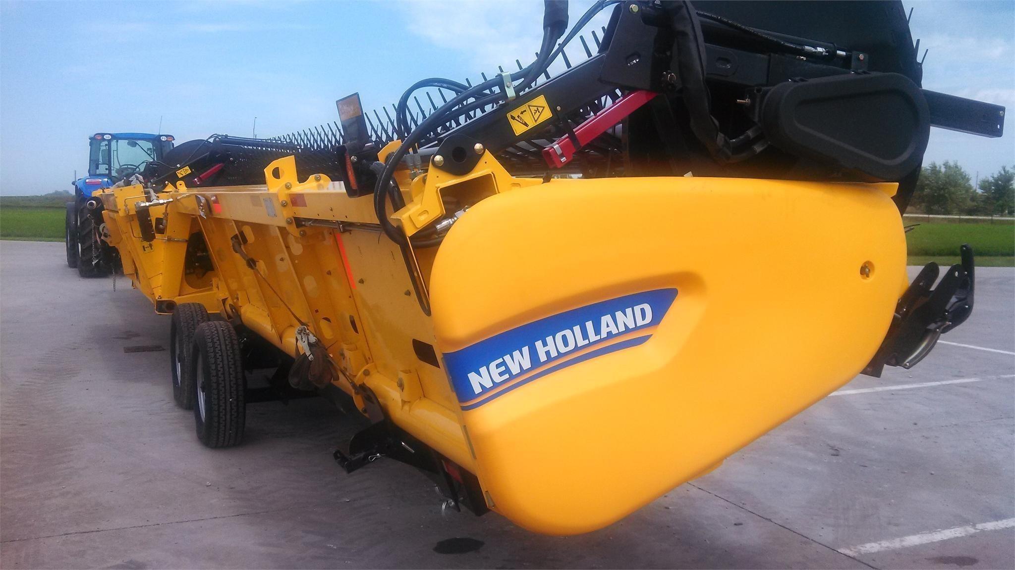 2013 New Holland 880CF-45 Platform