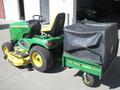 2006 John Deere X724 Lawn and Garden