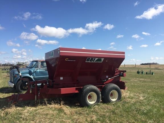 2014 BBI Liberty Pull-Type Fertilizer Spreader