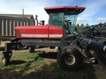 1999 MacDon 9200 Self-Propelled Windrowers and Swather