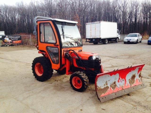 2005 Kubota B7510 Tractor