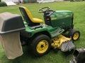 2000 John Deere 425 Lawn and Garden
