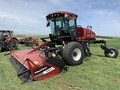 2020 MacDon M1240 Self-Propelled Windrowers and Swather
