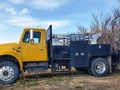 1990 International 4700 Semi Truck