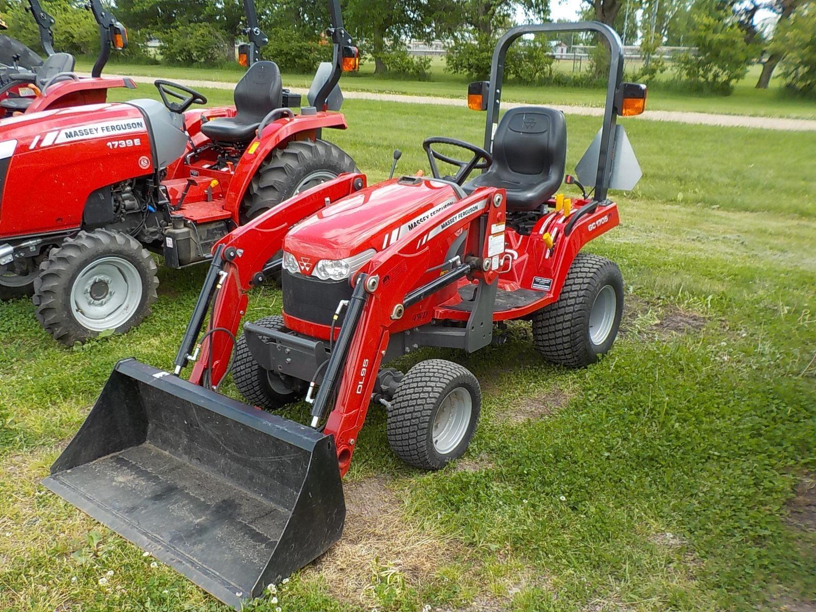 2018 Massey Ferguson GC1705 Tractor