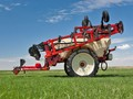 2020 Farm King 2460 Pull-Type Sprayer