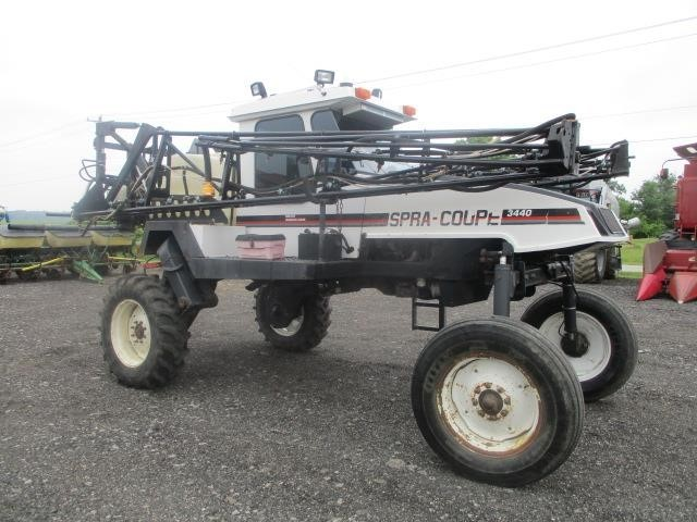1998 Spra-Coupe 3440 Self-Propelled Sprayer