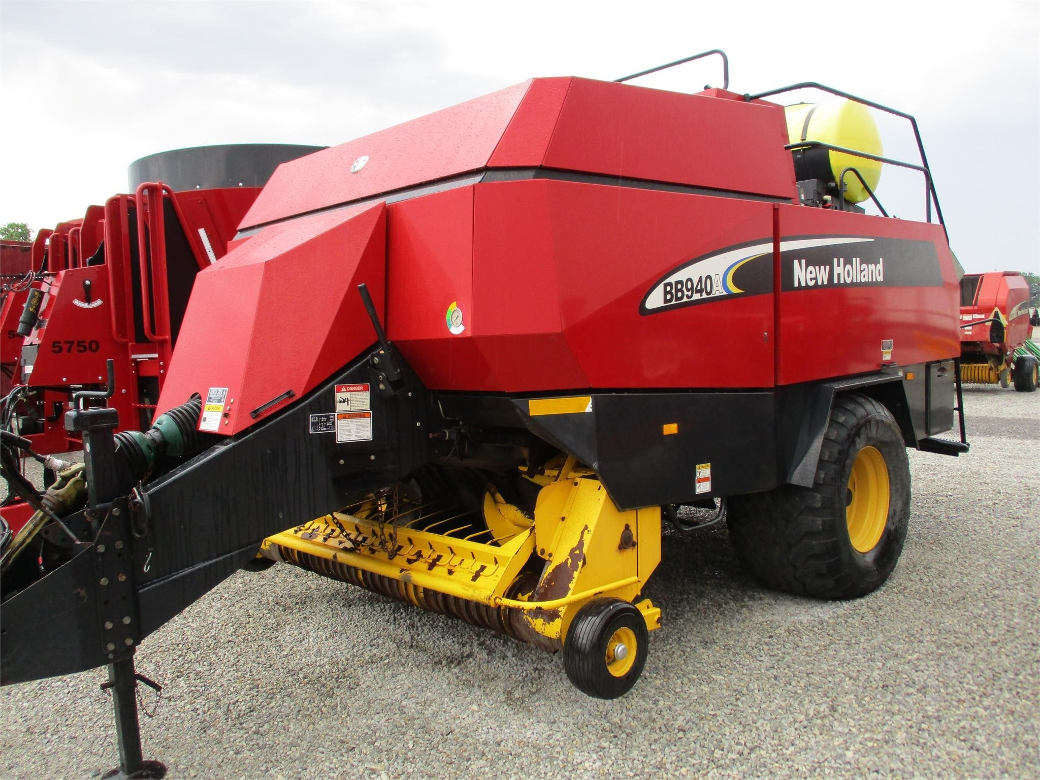 2005 New Holland BB940AS Big Square Baler