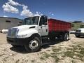 2001 International 4400 Semi Truck