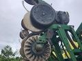 2010 John Deere 1790 Planter