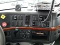 2007 Volvo VNL Semi Truck