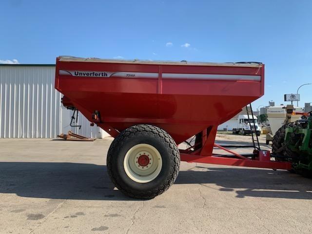 2008 Unverferth 7250 Grain Cart