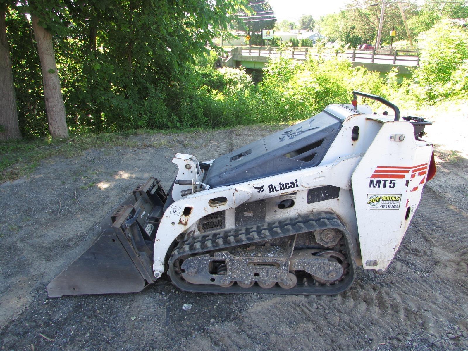 2015 Bobcat MT52 Skid Steer