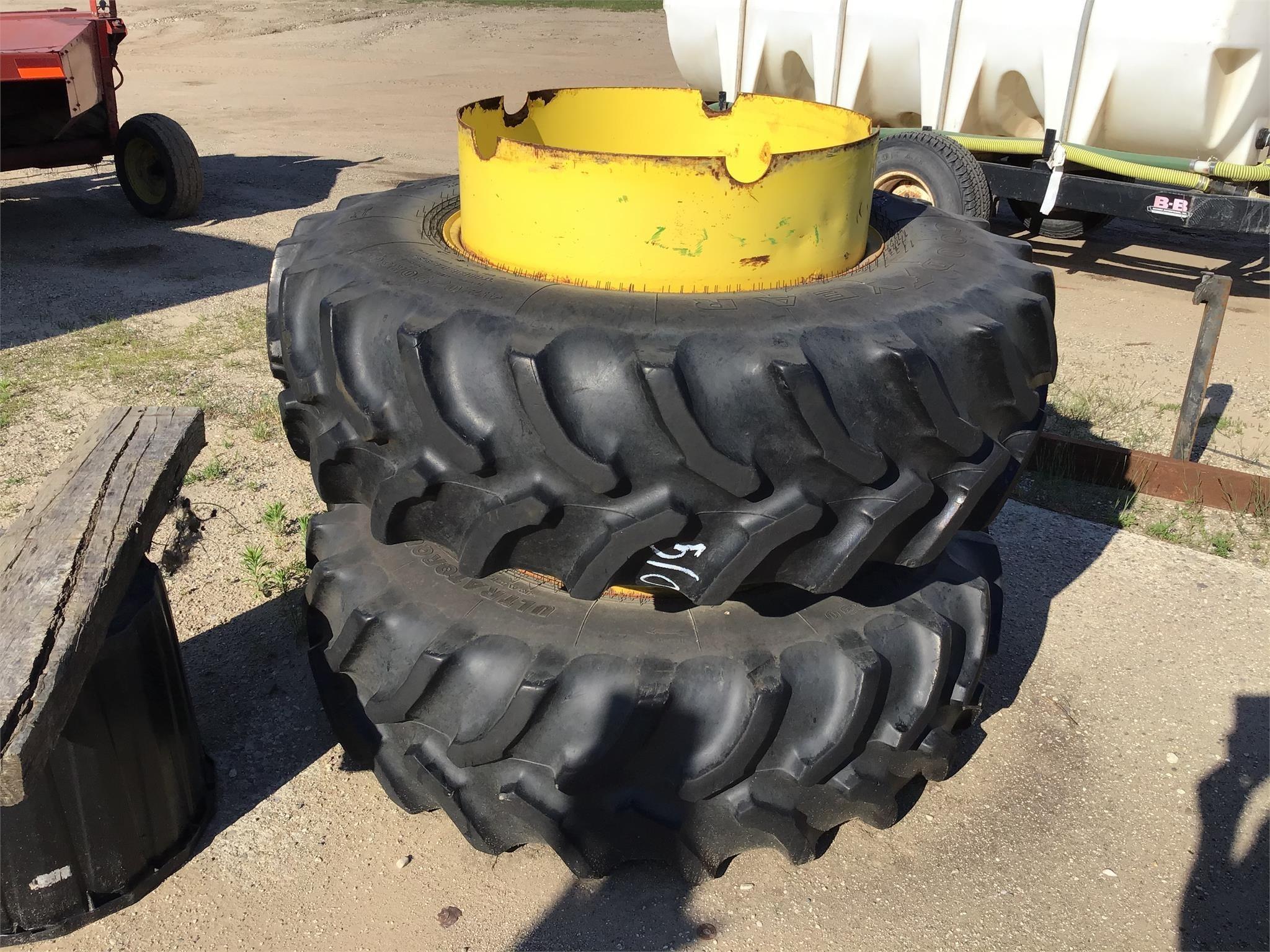 Goodyear 420/90R30 Wheels / Tires / Track