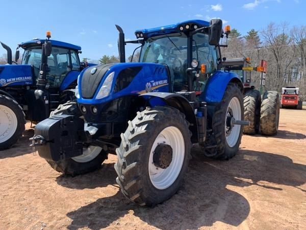 2017 New Holland T7.260 Tractor