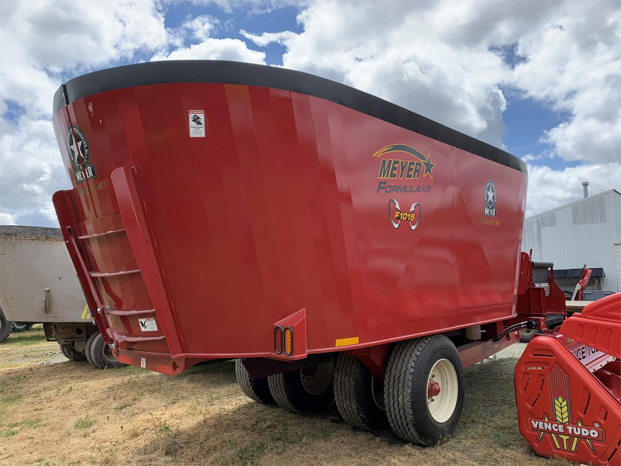 2020 Meyer F1015 Grinders and Mixer
